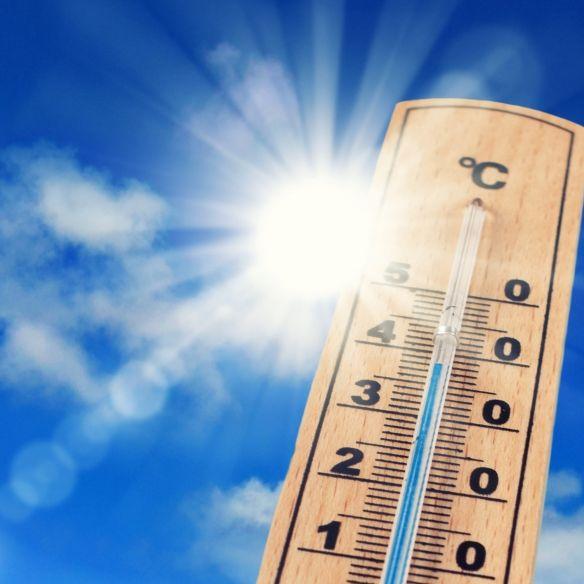 Hitze-Hammer im Mai?Meteorologen wagen erste Prognose (Foto)