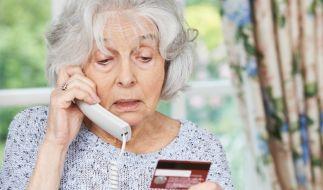 Trickbetrüger haben es auf Senioren abgesehen. (Foto)
