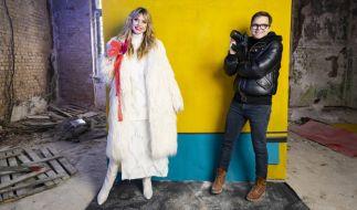 In der kommenden Folge warten Heidi Klum und Fotograf Kristian Schuller mit einem spannenden Shooting in gruseliger Atmosphäre auf (Foto)