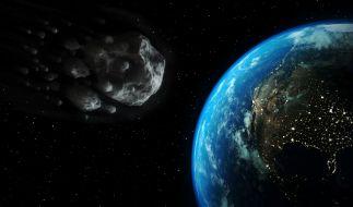 Ein Asteroid rast auf die Erde zu. (Foto)