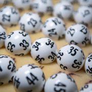 Ziehung der Gewinnzahlen bei Lotto am Samstag für 15 Millionen Euro (Foto)