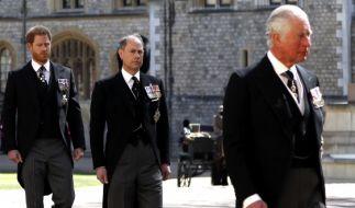 Können sich Prinz Harry (l.) und sein Vater (r.) aussprechen? (Foto)