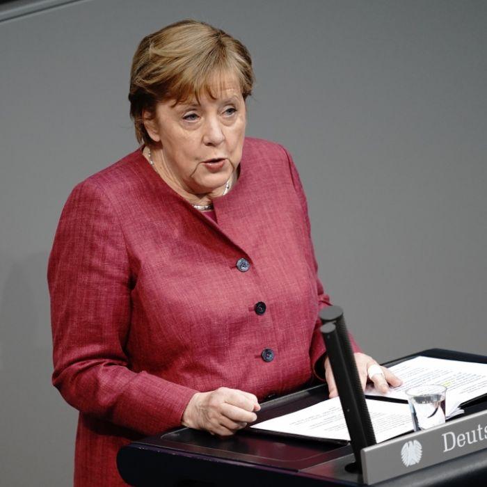 Schulen, Ausgangsbeschränkungen und Co.! DAS plant Merkel (Foto)