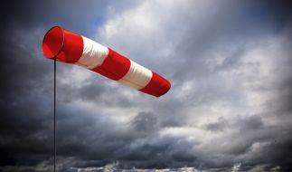 Der Deutsche Wetterdeinst warnt vor Sturm. (Foto)