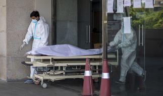 In einem Krankenhaus im schwer von der Coronavirus gebeutelten Indien sind mehr als 20 Patienten gestorben, nachdem die Sauerstoffversorgung aufgrund eines Defektes unterbrochen wurde. (Foto)