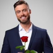 Sie gibt ihm eine 3. Chance! Bachelor teilt erstes Liebes-Foto (Foto)