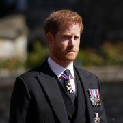 Eiskalt versetzt! SIE war ihm wichtiger als Queen Elizabeth II. (Foto)