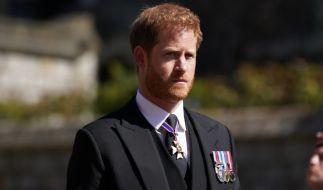 Prinz Harry hatte offenbar Besseres zu tun, als seiner Großmutter Queen Elizabeth II. den 95. Geburtstag mit seiner Anwesenheit zu versüßen. (Foto)