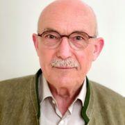 Dr. med. Ulrich Enzel ist Facharzt für Kinder- und Jugendmedizin mit Zusatzbezeichnung Allergologie sowie Autor von Fachpublikationen zum Thema Prävention u.a. im Bereich Impfwesen aus Heilbronn