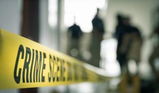Eine 29-Jährige musste sterben, weil ein Mann von einem Hochhaus sprang und auf sie stürzte. (Foto)