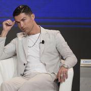 Heftige Vorwürfe! Frau fordert 56 Millionen von Fußball-Superstar (Foto)