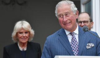 Prinz Charles und Herzogin Camilla haben heimlich Nachwuchs bekommen - das jedenfalls behauptet der Australier Simon Dorante-Day, der der Sprössling des Royals-Paares sein soll. (Foto)