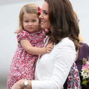 Prinzessin Charlotte durfte mit ihren Eltern im Sommer 2017 einen Abstecher nach Polen machen.