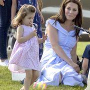 Das modische Feingefühl hat Klein-Charlotte zweifelsohne von ihrer stilbewussten Mama Kate Middleton geerbt.