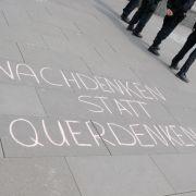 """Sterben die """"Querdenker"""" mit dem Pandemie-Ende aus? (Foto)"""