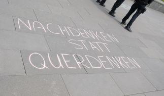 """Teile der """"Querdenken""""-Bewegung sind inzwischen ein Fall für den Verfassungsschutz. (Foto)"""