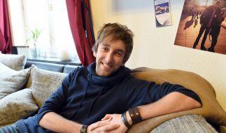 Torge Oelrich alias Freshtorge in seiner Wohnung in Wesselburen (2015). (Foto)