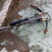 Armbrustschütze bedroht Passanten - Festnahme! (Foto)