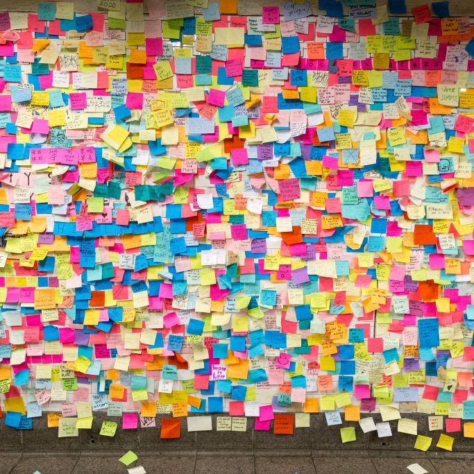 Erfinder des Post-it-Klebers mit 80 Jahren gestorben (Foto)