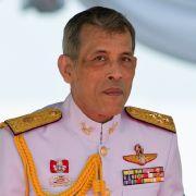 Berichte über Atemprobleme: Thai-König soll im Krankenhaus liegen! (Foto)