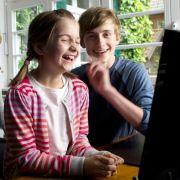 Lilly Liefers mit ihrem Kollegen Markus Quentin bei Dreharbeiten für die ZDF-Herzkino-Filmreihe (2012).