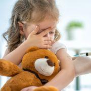 Mit DIESEN Nebenwirkungen müssen Eltern rechnen (Foto)