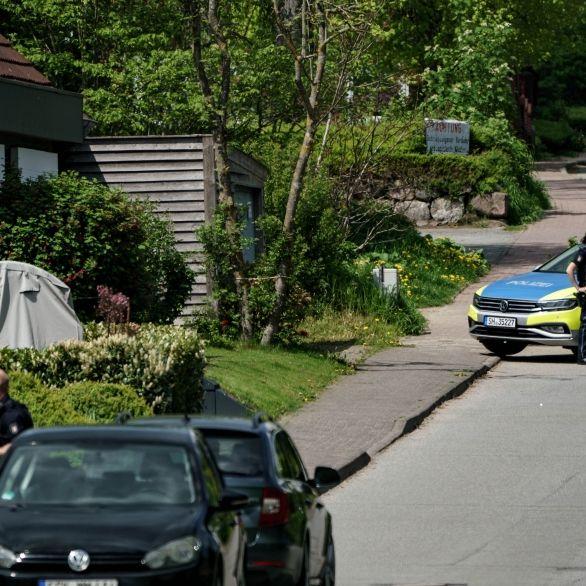 3 Menschen erschossen! Mutmaßlicher Täter hortete Waffen im Haus (Foto)