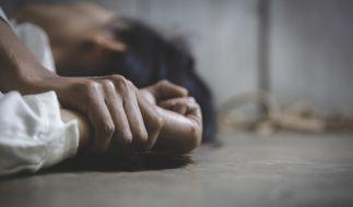 Eine junge Frau wurde bei einer Wohnungsbesichtigung in Stuttgart vergewaltigt. (Foto)