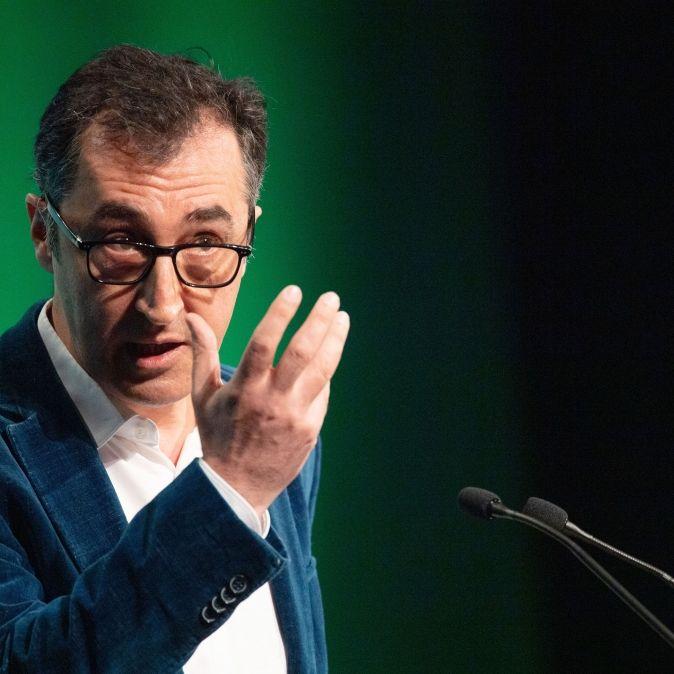 Genau wie Baerbock:Ex-Parteichef meldet Nebeneinkünfte von20.580 Euro nach (Foto)