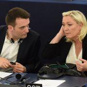 Marine Le Pen und Louis Aliot in einer Plenarsitzung des Europäischen Parlaments im Jahr 2015.