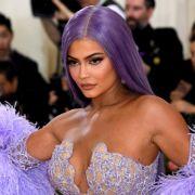 DIESER Dekolleté-Hammer macht sogar die Kardashians sprachlos (Foto)