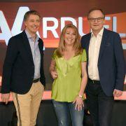 Jörg Pilawa, Anne Gesthuysen und Frank Plasberg in der ARD-Quizshow