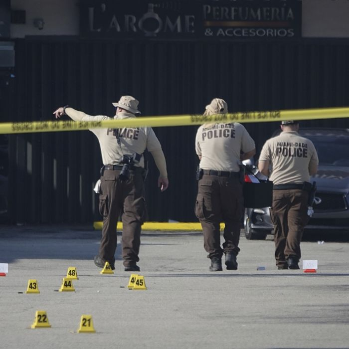 2 Tote, mindestens 20 Verletzte nach Schussabgabe vor Nachtclub (Foto)