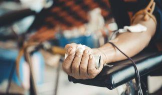 Dürfen Geimpfte nicht mehr zur Blutspende? (Foto)