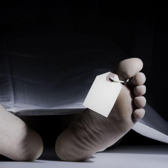 Bewusstlos im Auto gefunden! TV-Star (54) stirbt im Krankenhaus (Foto)