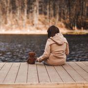 14-Jähriger überfällt Mädchen am See und vergewaltigt es (Foto)