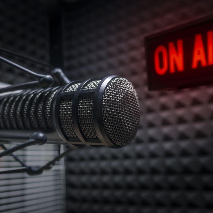 Er wurde nur 53! Beliebter Radio-Moderator plötzlich verstorben (Foto)