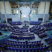 Bundestag verlängert Pandemie-Notlage bis September (Foto)