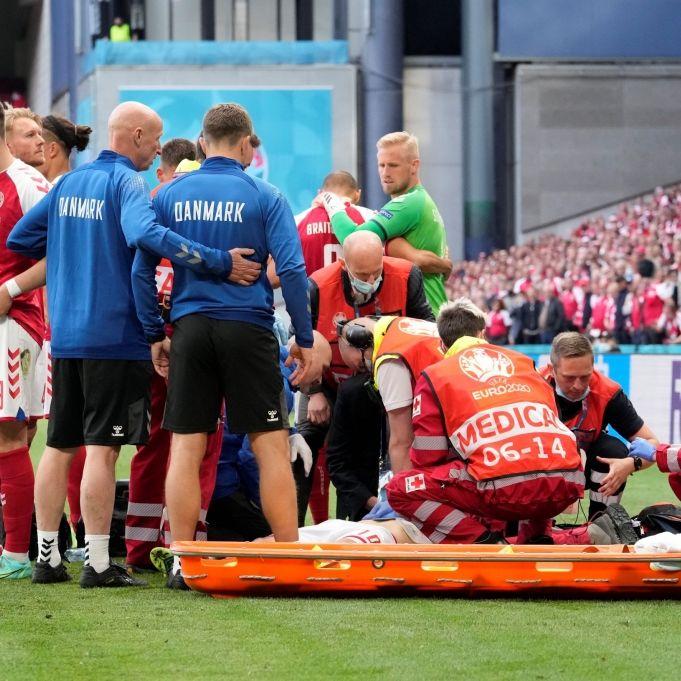 Nach Zusammenbruch: Dänischer Nationalspieler erlitt Herzstillstand (Foto)