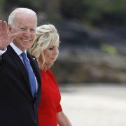 Peinlicher Patzer! US-Präsident bricht royales Protokoll und blamiert sich (Foto)