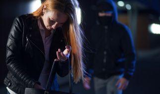 Eine 38-Jährige wurde in Dingolfing vergewaltigt. (Foto)