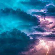 Tornados,Sturzflutenund Co.! Warnung vor Schwergewitterlage am Wochenende (Foto)