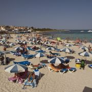 Tourist (79) stürzt am Strand - wenig später ist er tot (Foto)