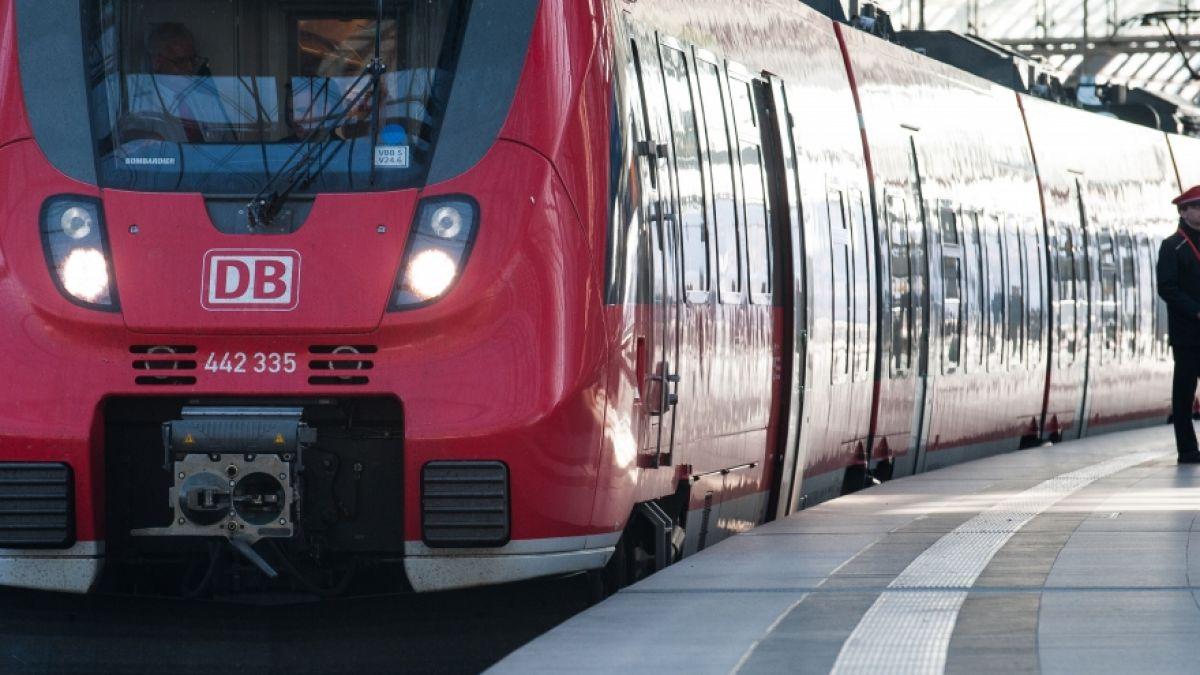 Bahn Streik 2021 Lokfuhrer Streik Verschoben Gdl Plant Vorher Urabstimmung News De