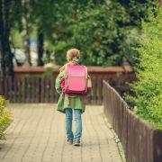 Mädchen (9) auf Schulweg abgefangen und vergewaltigt - Täter auf der Flucht! (Foto)