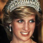 So kämpfte Prinz Charles nach ihrem Tod für Lady Di (Foto)