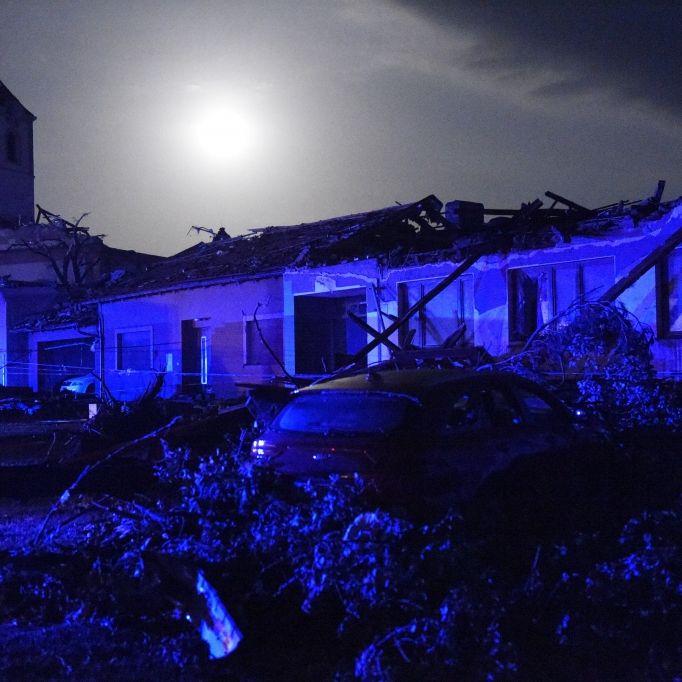 Mindestens 5 Tote! Monster-Tornado zerstört ganze Dörfer (Foto)