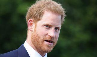 Für Prinzessin Diana trennt sich Prinz Harry sogar von seiner Ehefrau Meghan Markle und den gemeinsamen Kindern Archie und Lilibet. (Foto)