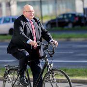 Ganz schön fit! DAS liebt der Wirtschaftsminister besonders (Foto)