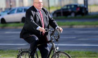 Peter Altmaier fährt gerne mit dem Fahrrad zur Arbeit in den Bundestag. (Foto)